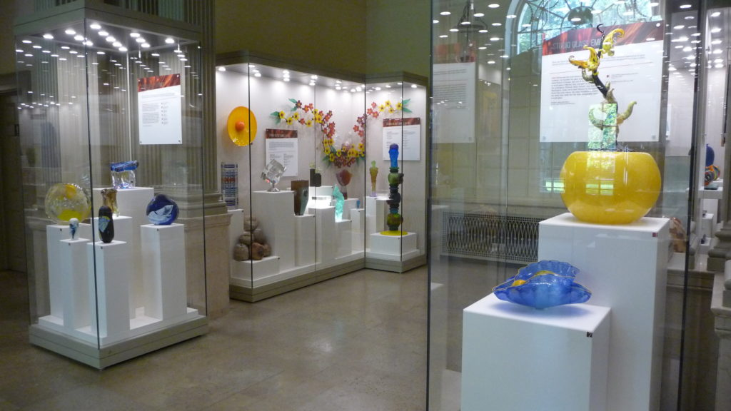 Glass blowing display