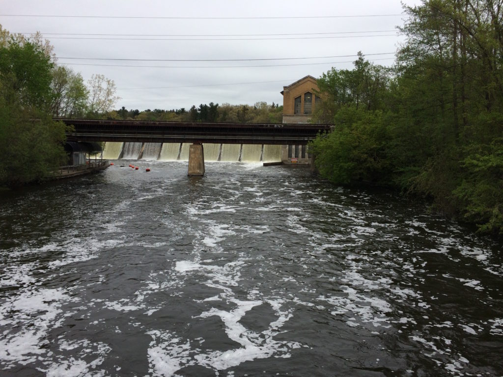 Hydroelectric plant at Huron River near Ann Arbor