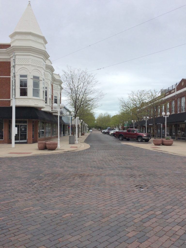Street view of downtown St. Joseph Michigan