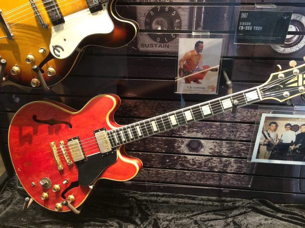 a 1967 Gibson ES-355 TDSV guitar